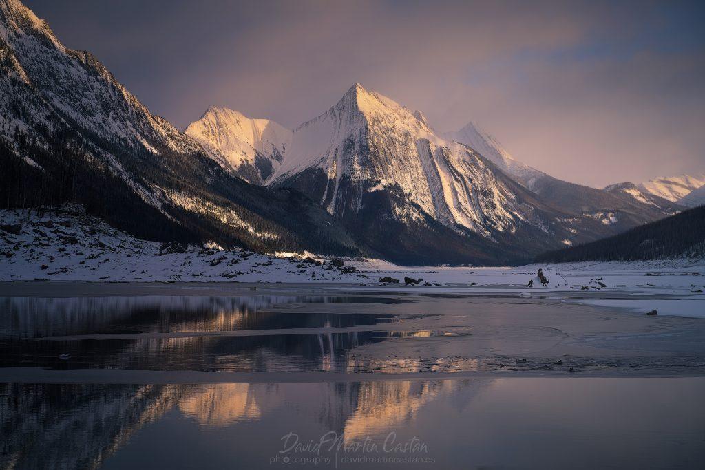 Medicine Lake, Canadá